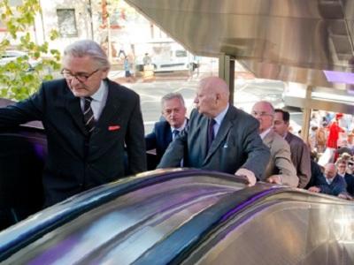 André Santini inaugure les escaliers mécaniques d'Issy