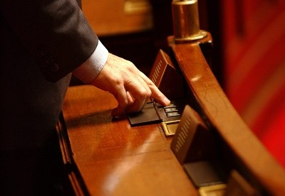 Projet de loi constitutionnelle : explications de vote