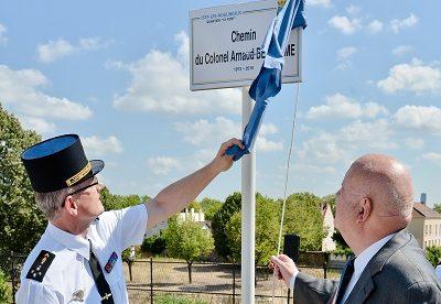 Issy-les-Mlx : hommage au Colonel Arnaud Beltrame